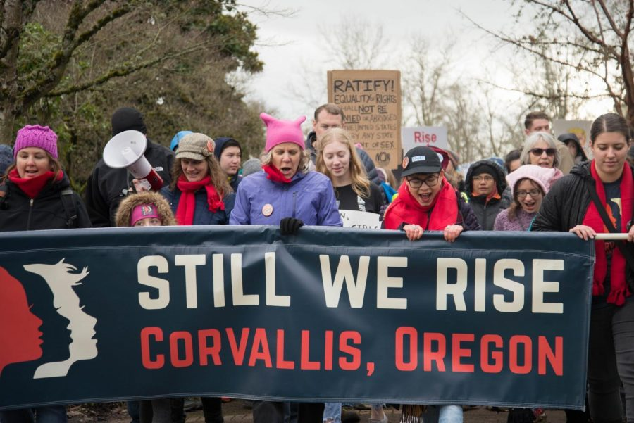 Demonstrators+walking+through+downtown+Corvallis+as+part+of+the+2018+Womens+March.%C2%A0