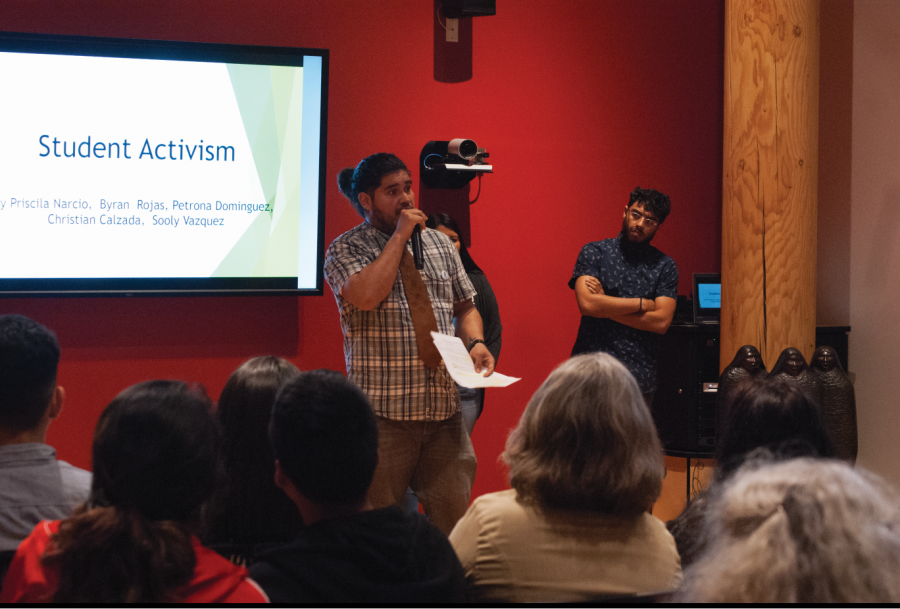 Bryan+Rojas+talks+about+his+experiences+in+education+and+activism+throughout+his+college+career+in+the+Native+American+Longhouse%2C+May+15+2018.
