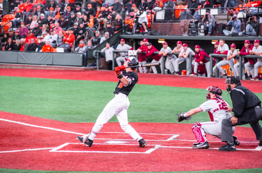 Senior+infielder+Michael+Getler+hits+the+ball+in+the+first+game+of+a+three-game+series+against+Stanford+on+May+11.+OSU+won+the+series+with+two+of+the+three+games.
