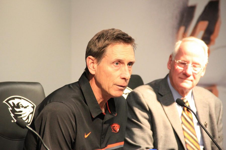 Pat+Casey+%28LEFT%29+addressing+his+retirement+in+the+press+conference+along+with+OSU+President+Ed+Ray+%28RIGHT%29.