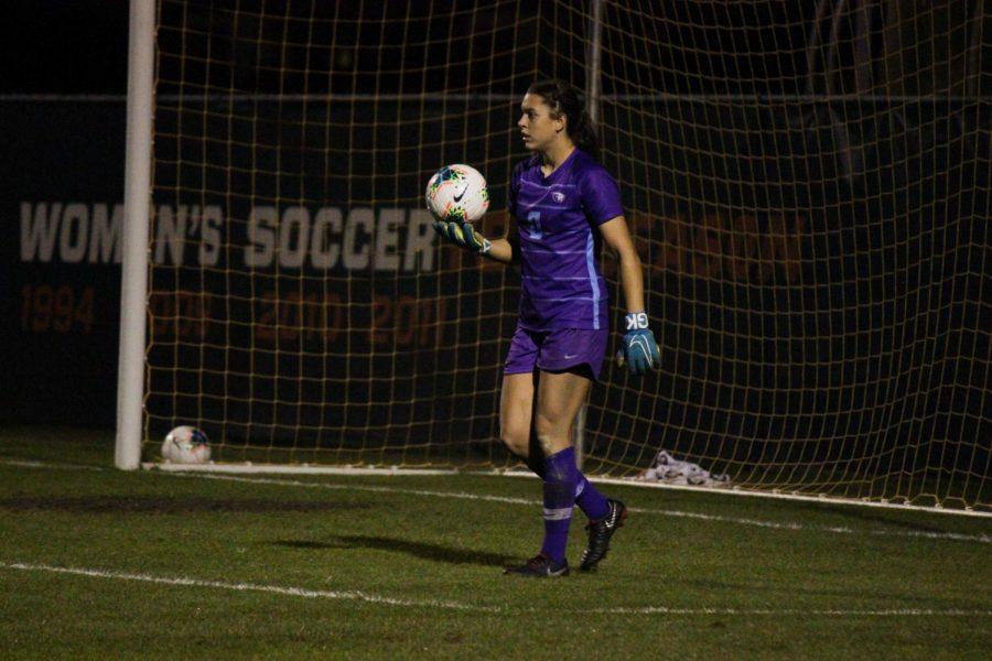 OSU+sophomore+goalkeeper+Bridgette+Skiba+defends+a+goal+versus+Stanford+on+Oct.+10+in+Corvallis.%C2%A0