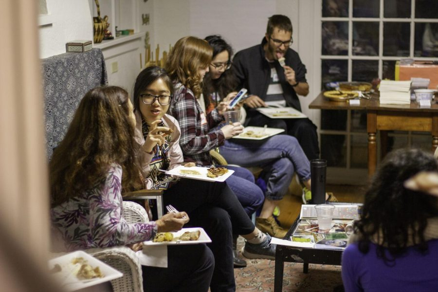 Students+and+others+sit+down+for+dinner+at+the+Corvallis+Multicultural+Literacy+Center+Thanksgiving+Around+the+World+event.
