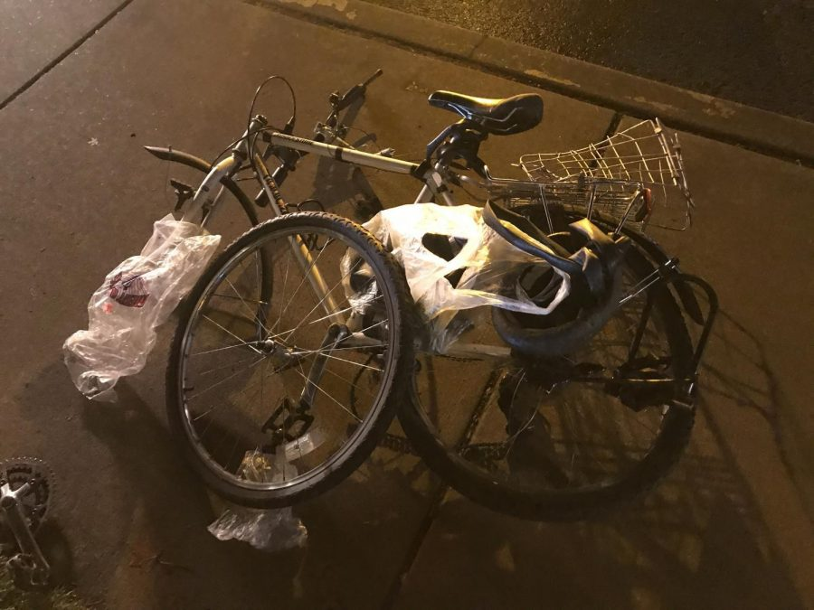 The+bikes+halves+were+separated+at+the+scene+before+Oregon+State+Universitys+Department+of+Public+Safety+officers+gathered+the+bicyclists+belongings.%C2%A0
