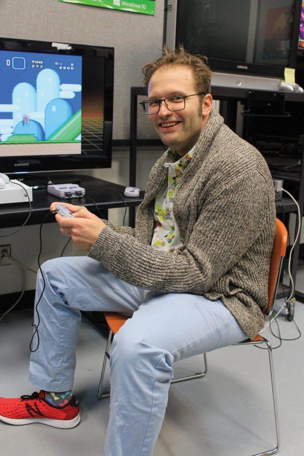 Daniel+Faltesek%2C+Ph.D%2C+plays+video+games.%C2%A0