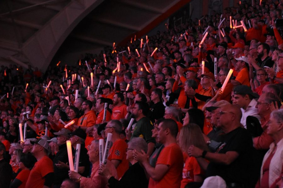 Fans+support+the+OSU+Women%E2%80%99s+Basketball+team+in+their+home+Civil+War+matchup+versus+Oregon+on+Jan.+26.+Gill+Coliseum+hosted+over+9%2C000+fans+for+the+game%2C+including+an+experimental+student+section+for+approximately+400+students.+All+other+students+sat+in+general+admission+designated+sections.