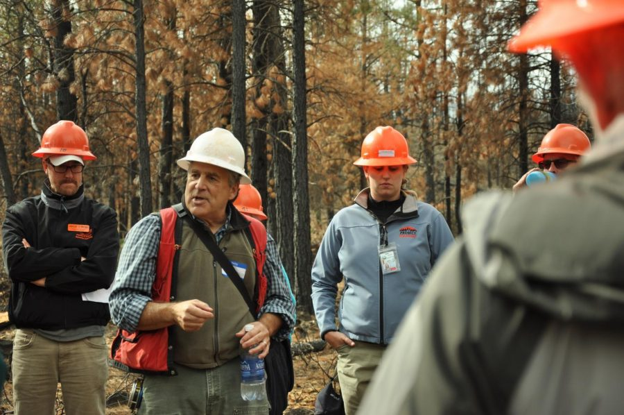 Stephen+Fitzgerald%2C+OSU+Extension+fire+specialist%2C+meets+with+partners+to+discuss+strategies+for+wildfire+management.%C2%A0