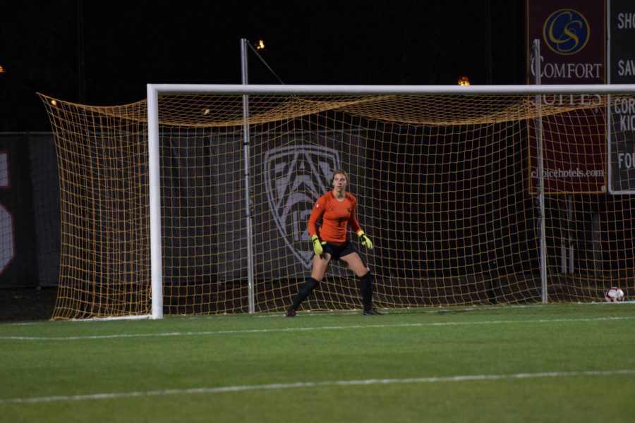 Oregon State Womens Soccer player Lindsay Lamont guards the goal during game on Oct. 4, 2018.