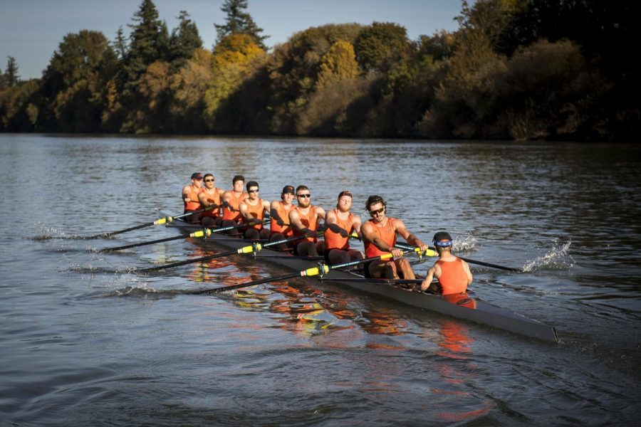 OSU+Mens+Rowing+practices+in+Fall+2019+for+their+fall+season.+The+teams+spring+season+was+cut+short+due+to+COVID-19.%C2%A0