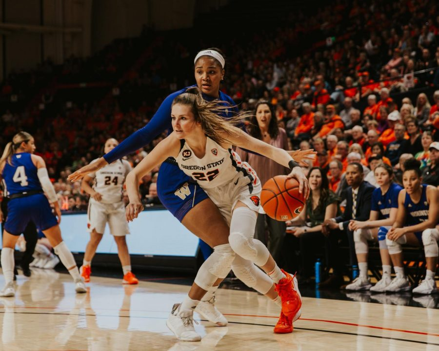 OSU+senior+guard+Kat+Tudor+drives+past+a+Washington+defender+towards+the+basket+in+her+first+of+two+games+for+senior+weekend+on+Feb.+28%2C+2020+in+Gill+Coliseum.%C2%A0