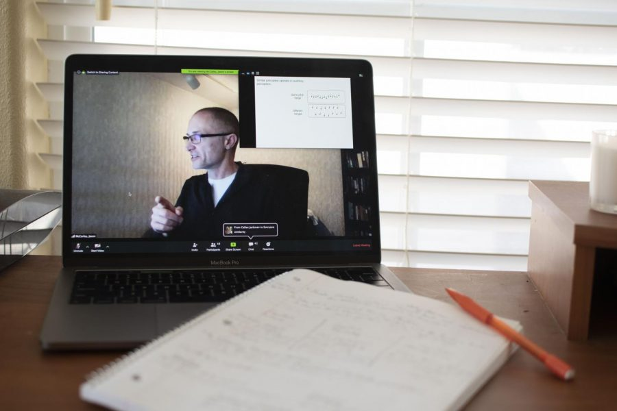 Jason+McCarley%2C+Oregon+State+University+professor+of+PSY+340%2C+conducts+his+weekly+lecture+remotely+via+Zoom%2C+a+video+conferencing+platform+utilized+by+OSU.