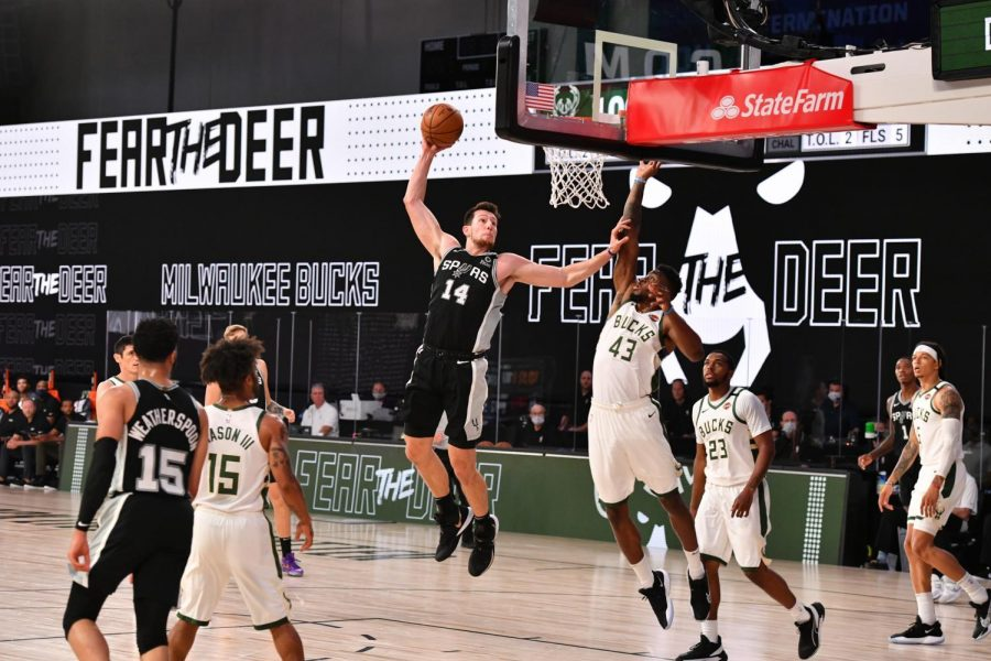 Orlando%2C+FL+-+JULY+23%3A+San+Antonio+Spurs+forward+Drew+Eubanks+dunks+the+ball+against+the+Milwaukee+Bucks+during+a+scrimmage+on+July+23%2C+2020+at+Visa+Athletic+Center+at+ESPN+Wide+World+of+Sports+in+Orlando%2C+Florida.Getty+Images%2C+Photo+courtesy+of+the+San+Antonio+Spurs