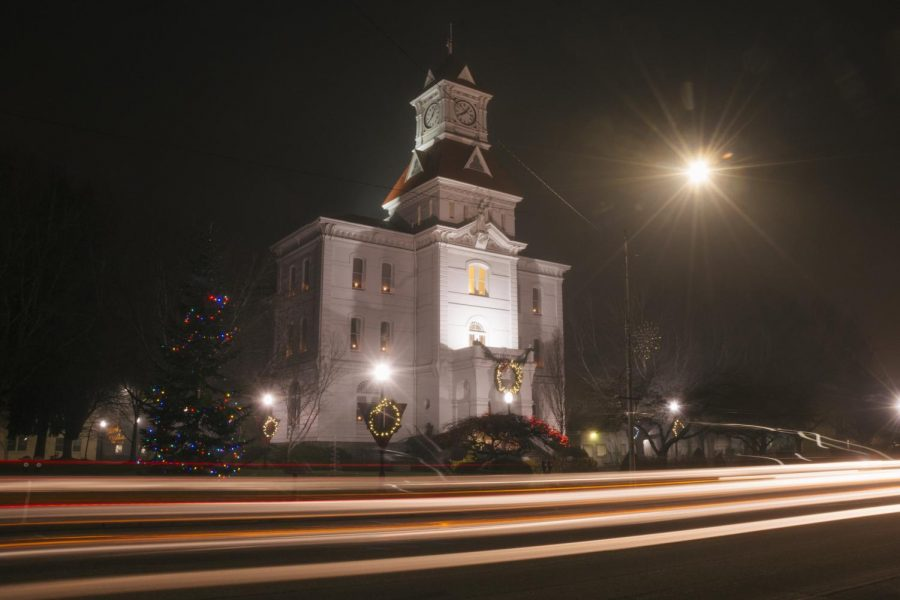 A+long+exposure+of+the+Benton+County+Courthouse.+With+a+brand+new+police+chief+and+the+on+going+coronavirus+response%2C+Corvallis+citizens+are+anxious+to+know+what+lies+ahead.