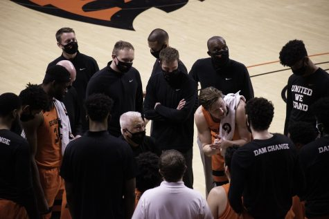 In this photo, The Oregon State University Men's Basketball team faced off against the University of Oregon on March 7th at Gill Coliseum. University of Oregon took the victory with a final score of 67 - 80. The Beavers have not lost since, and after beating the Loyola Chicago Ramblers on March 27, will now move on to the Elite Eight.