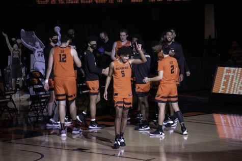 Oregon State Mens Basketball senior guard Ethan Thompson steps onto the court for a game against the Oregon Ducks on March 7, 2021. Thompson was a key player for the Beavers Elite Eight run