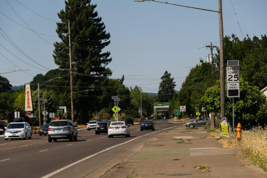 US+Highway+99W%2C+seen+near+Avery+Avenue+and+Crystal+Lake+Drive.+The+Oregon+Department+of+Transportation+is+considering+adding+several+roundabouts+along+this+section+of+the+highway+in+south+Corvallis+to+improve+pedestrian+and+cyclist+safety.