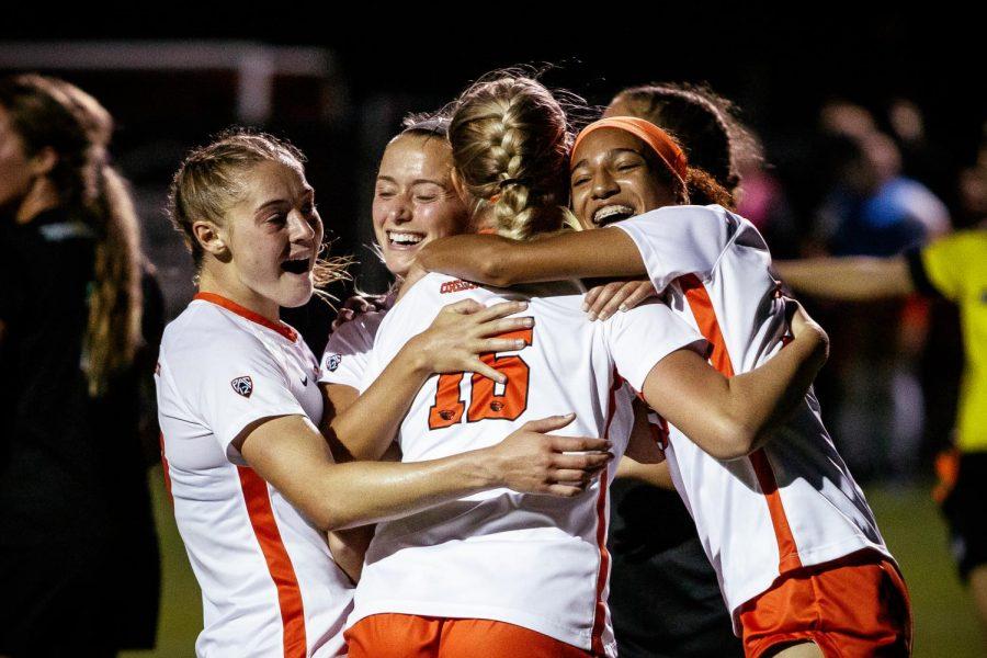The Oregon State womens soccer team celebrates a goal by redshirt-senior midfielder Mylene Gorzynski (16). The goal by Gorzyski helped the Beavers keep their undefeated streak.