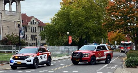 Traffic on SW Jefferson Way was blocked off after a natural gas line was punctured at the Pharmacy Building on Wednesday at about 2:45 p.m. Buildings in the area were evacuated and the road remained closed until the gas line was capped at about 3:20 p.m.